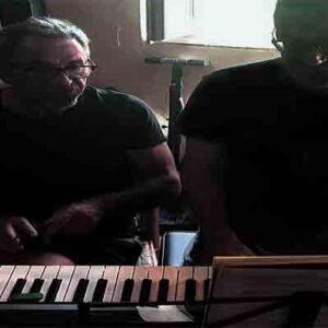 lezioni-di-pianoforte-in-vacanza - Copy